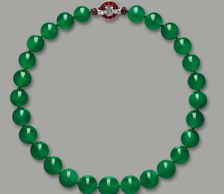 Collar Hutton-Mdivani